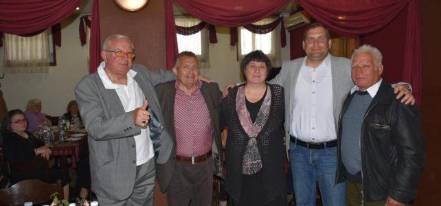 По случай деня на Люляка, четири пенсионерски клуба от четири общини се събраха в Костинброд