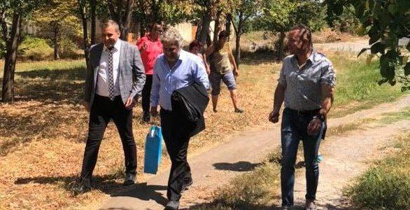 """Министърът на културата Боил Банов посети мястото където се намира дворецът на император Константин Велики -""""Скретиска"""""""