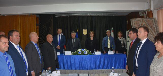 Първа тържествена сесия на новоизбрания общински съвет, избор на председател на Общински съвет – Костинброд и полагане на клетва на кмета на община Костинброд и кметове на кметства за мандат 2019-2023г.