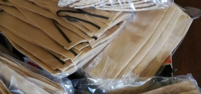 Предпазни маски за многократна употреба се раздават от кметовете на 13-те населени места в община Костинброд
