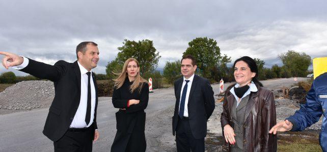 Изпълнителната, държавна и местна власт посетиха бизнес зоните в град Костинброд