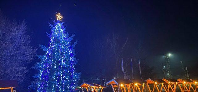 На 11 декември община Костинброд запали коледните си светлини!