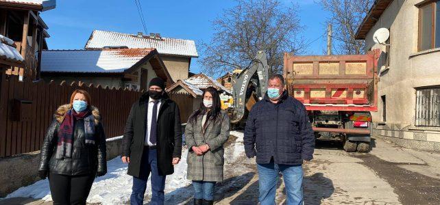 Министерството на регионалното развитие и благоустройството отпуска още 1 300 000 лв. за доизграждането на водопровода в село Драговищица