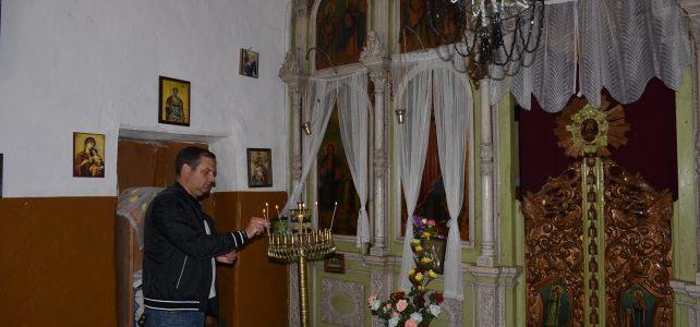 """Отбелязан бе храмовият празник на църквата """"Света Троица"""" в село Бучин проход, община Костинброд"""